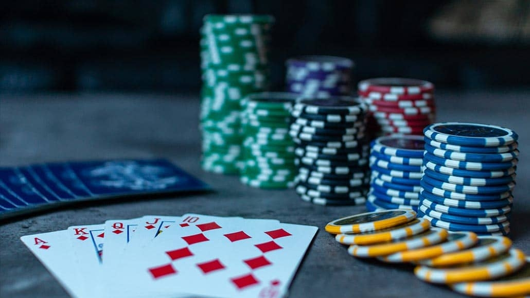 Win at Internet Poker With Poker Odds Calculators